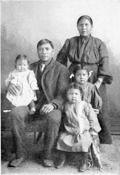 Asa Deklugie, Wife and Children