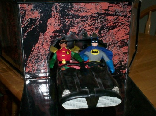 Batcave Playset - Pic 4