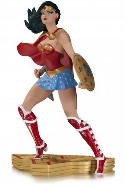 Wonder Woman - Art of War Statue