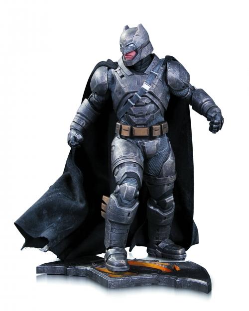 Batman v Superman: Armored Batman Statue