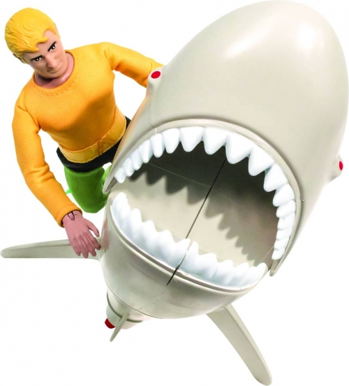 Retro Aquaman vs. Great Whie Shark Playset