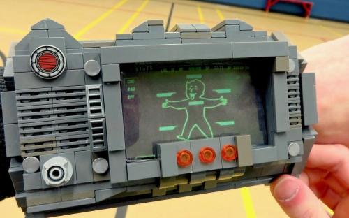 Fallout 3 - Lego Pipboy