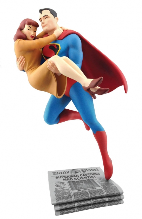Superman Rescuing Lois Lane Statue