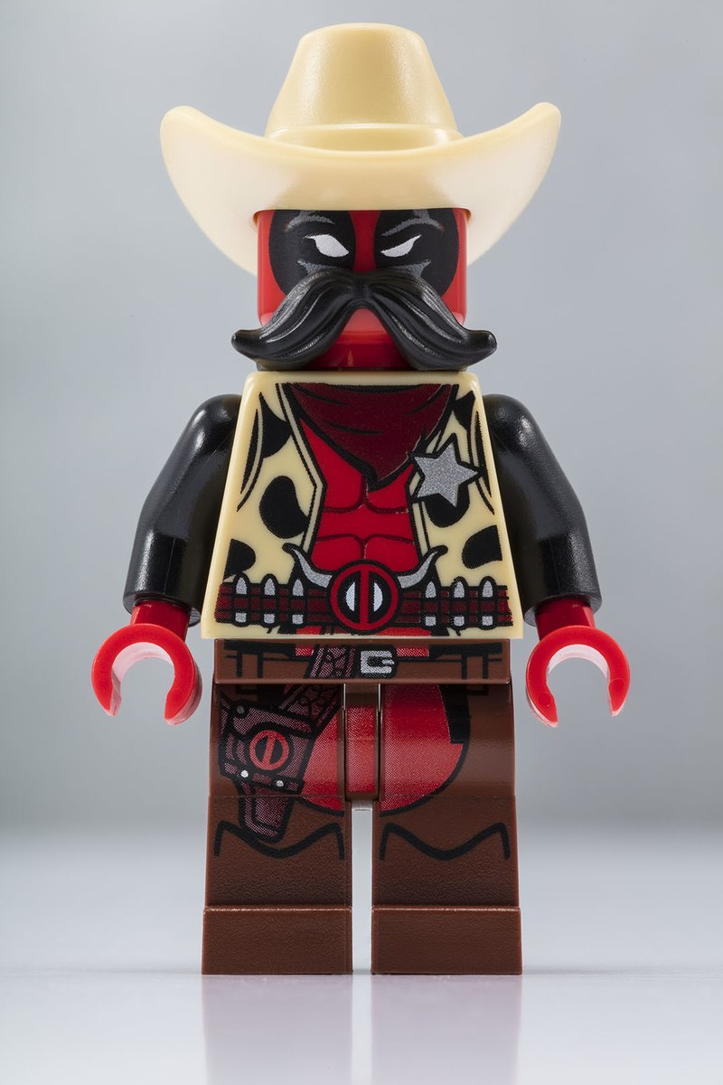 SDCC 2018 - Lego Cowboy Deadpool
