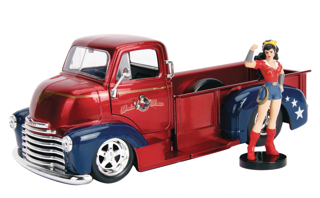 DC Bombshells 1/24-Scale Diecast Vehicles - Wonder Woman