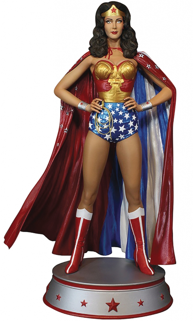 Lynda Carter as Wonder Woman Maquette - Cape Variant