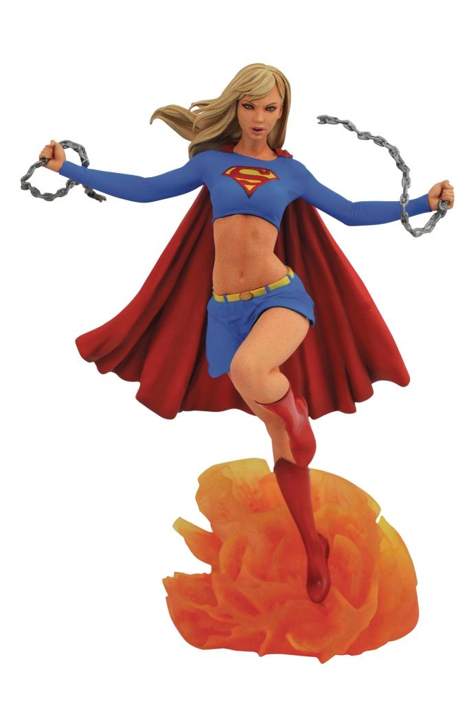 Diamond Select Supergirl PVC Statue