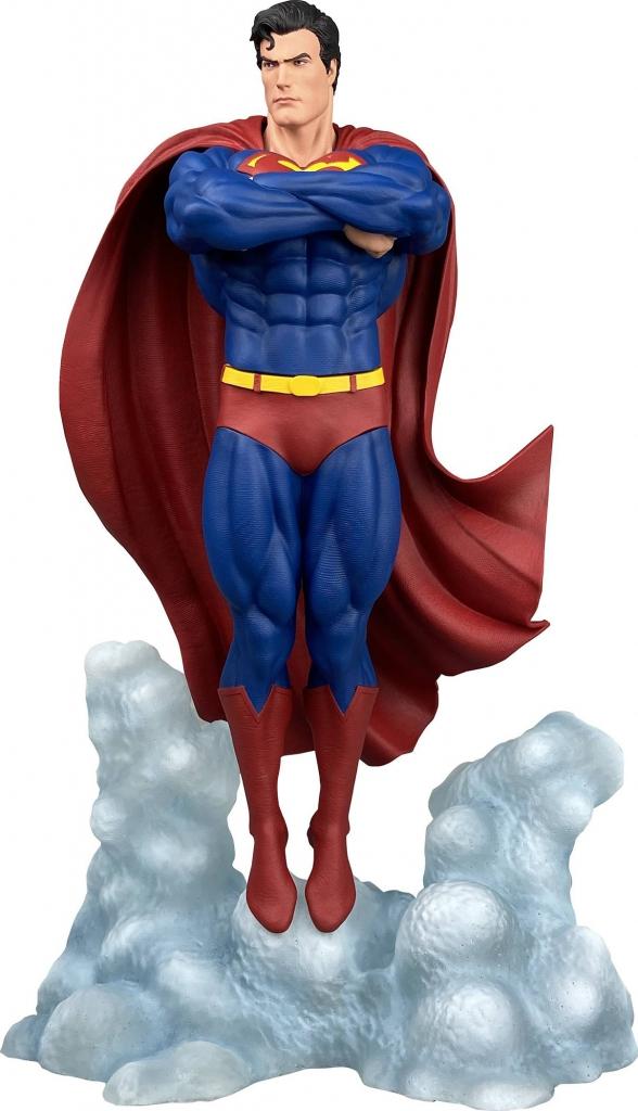 Superman Ascendant PVC Statue