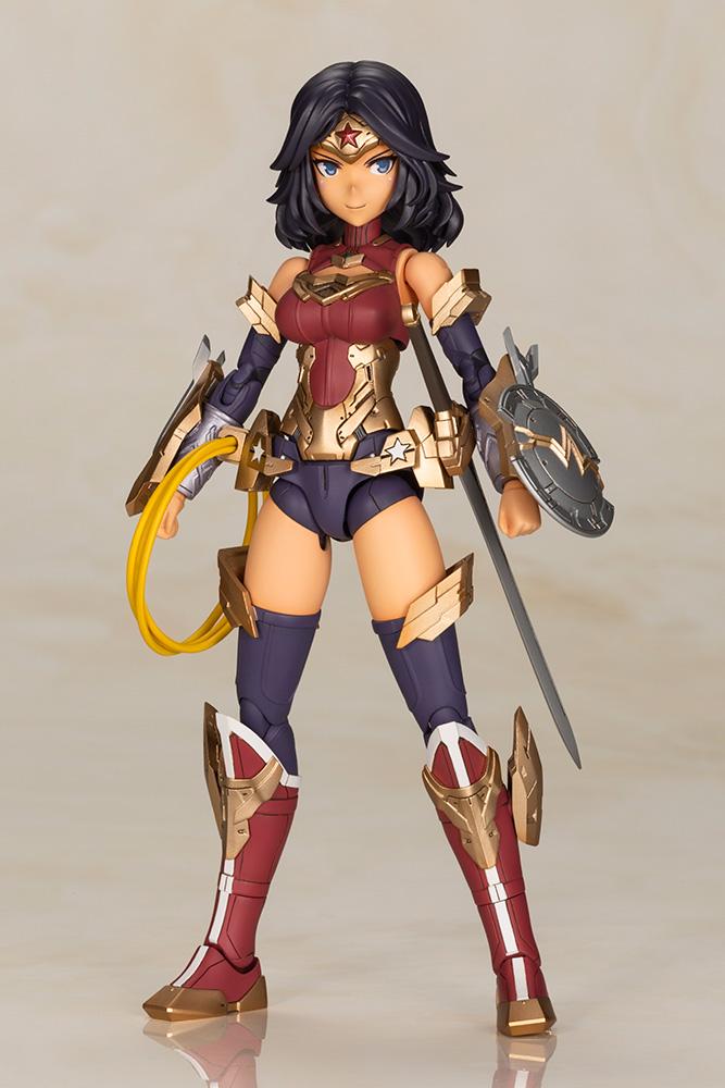 Wonder Woman Plastic Model Kit