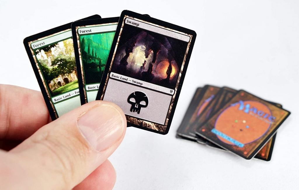 World's Smallest Magic: The Gathering Duel Decks